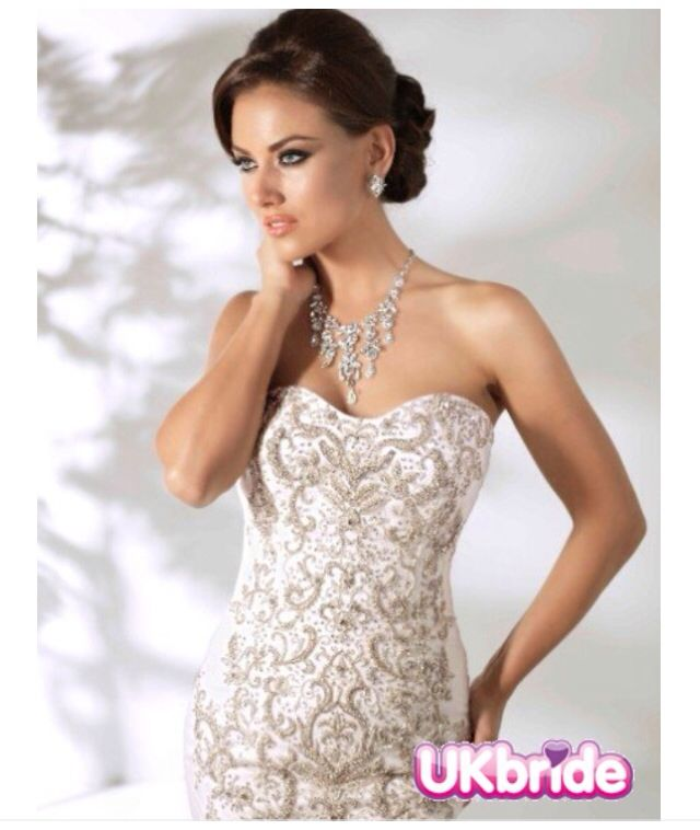 Style *12842* SELENA » Wedding Dresses » Spring 2014 Collection » by Cristiano Lucci  (close up) www.ukbride.co.uk