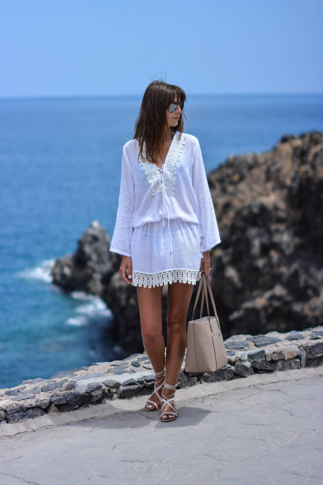 a5decc93f67 EJSTYLE - Emma Hill wears Cool Change Chloe Romance white tunic from ...