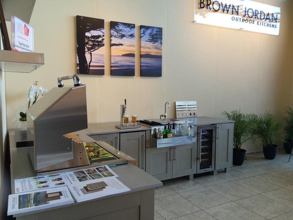 Best Brownjordan Outdoorkitchens Local Furniture Stores 400 x 300