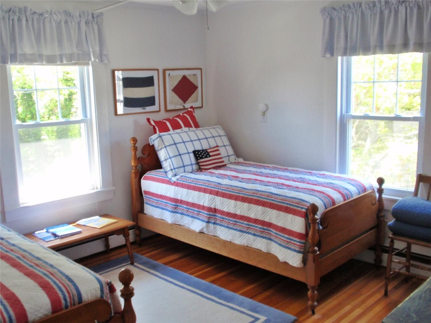Cute Red, White And Blue Twin Bedroom