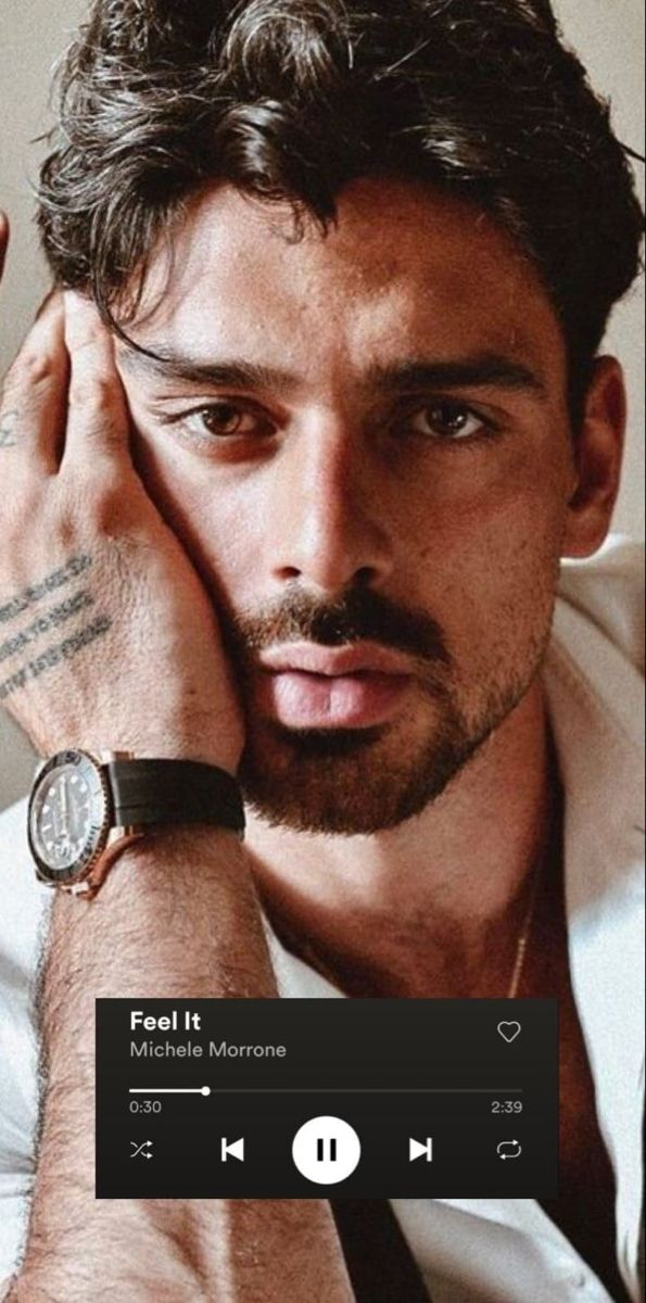 Pin By Kenzy On 365 Dias Michele Morrone Michele Handsome Italian Men Face Expressions
