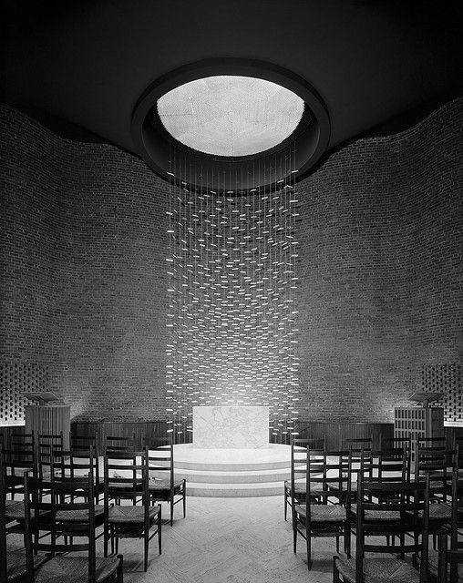 Eero Saarinen, Kresge Chapel. Cambridge, Massachusetts, 1955. Photographer Ezra Stoller. © Ezra Stoller/Esto.