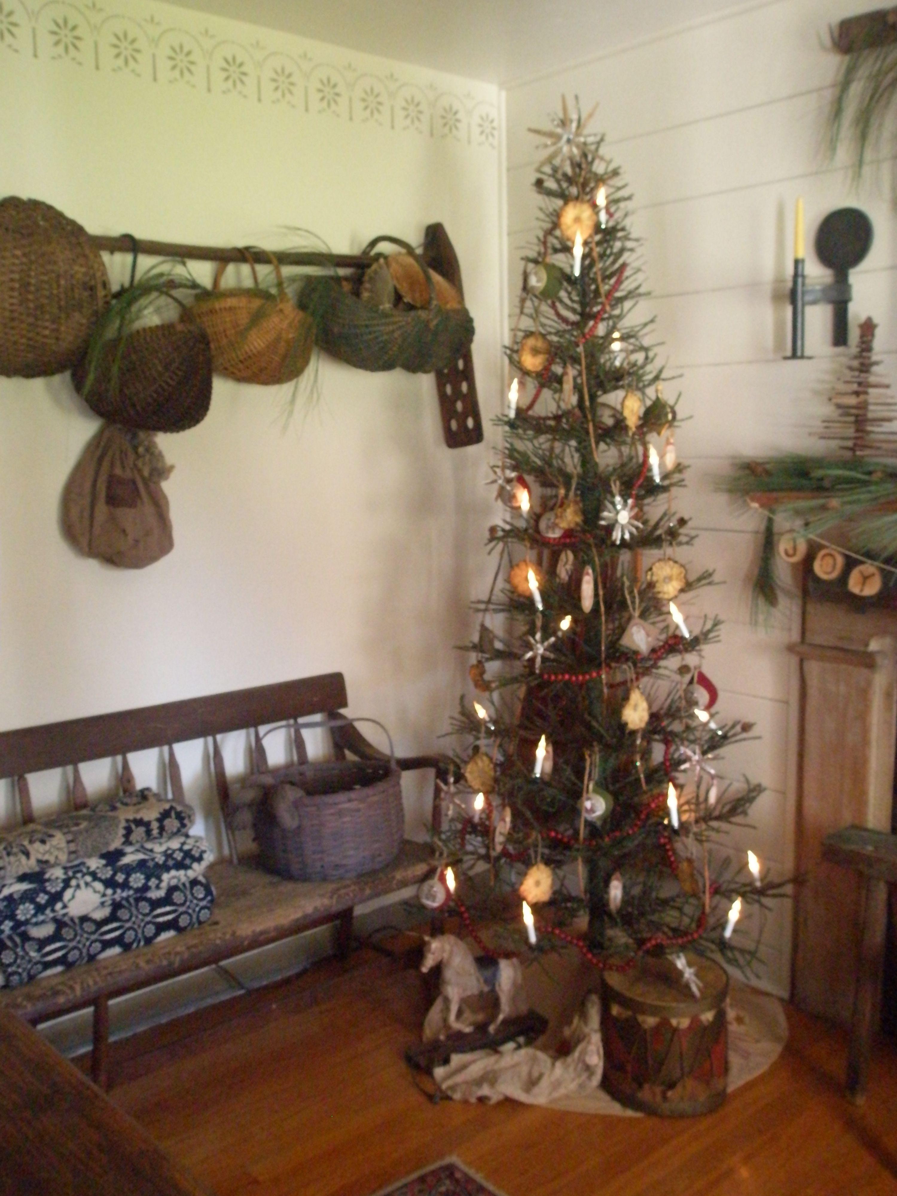 Christmas Decor Primitive Christmas Decorating Primitive Christmas Tree Country Christmas Decorations