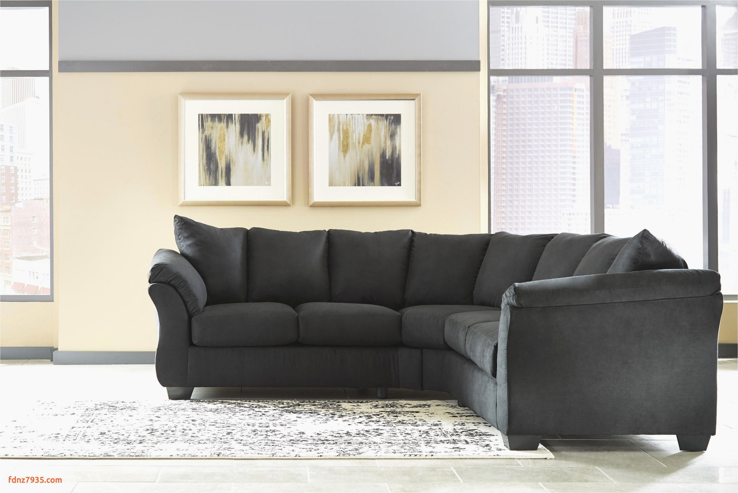 Choosing Leather Sectional Sofa Sleeper Might Be A Challenge There Are Many Factors To Consider From Color Size Shape Price How Comfo Di 2020 Rumah Sofa Slipcover