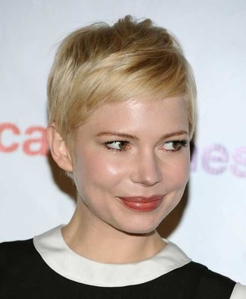 Michelle Williams Messy Pixie Cut