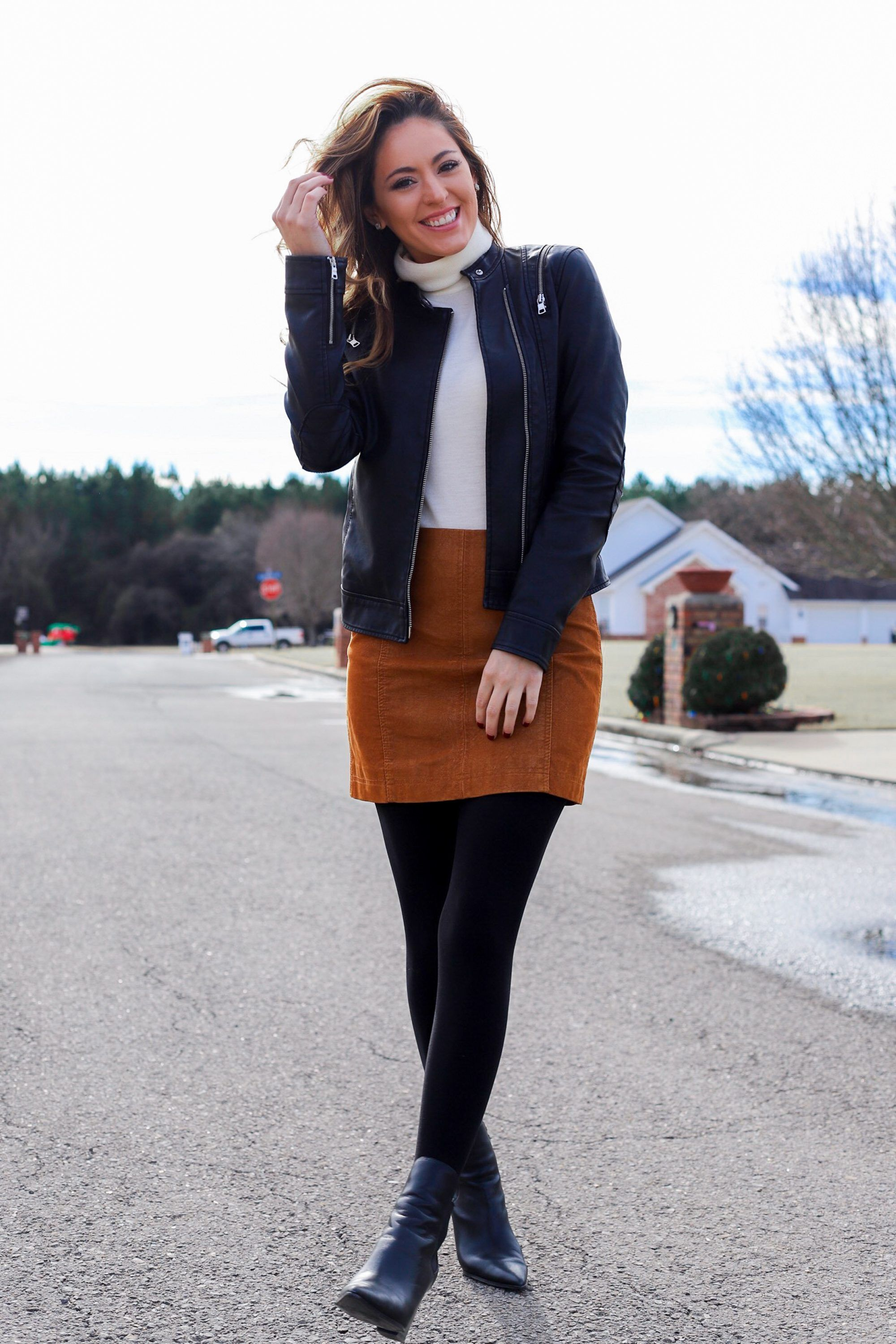 Girl Next Door With Images Mini Skirt Outfit Winter Miniskirt