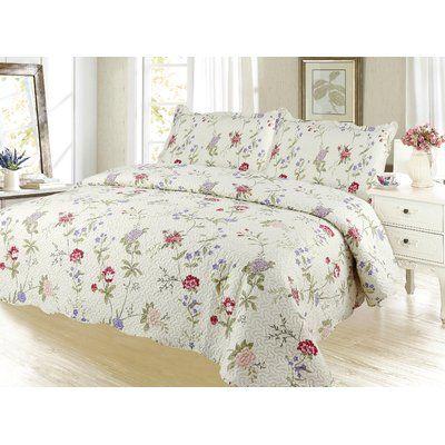 August Grove Sapphira Reversible Quilt Set Bedding Sets Quilt
