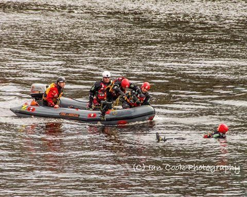 Tyne & Wear Fire Brigade, on a training exercise today with the Ambulance Service. River Tyne Newcastle