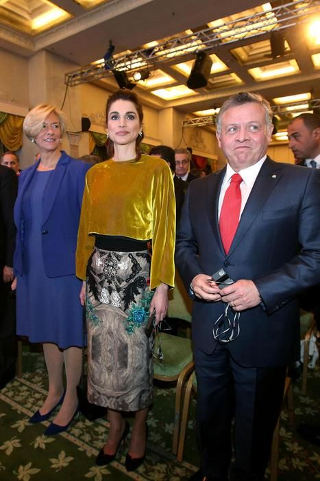 Queen Rania Of Jordan Dec 10 Queen Rania Rome King Queen Princess Queen Rania Royal Fashion