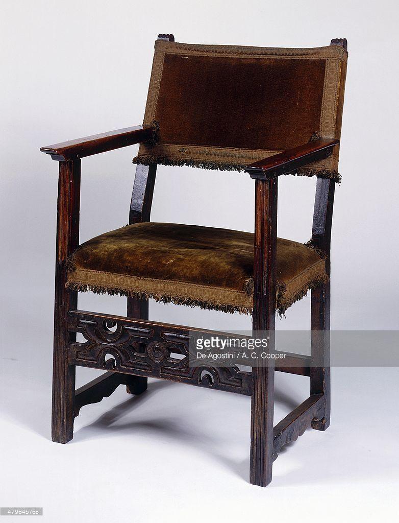Foto De Stock Renaissance Style Chair Of Sillon Frailero Type  # Muebles Renacentistas
