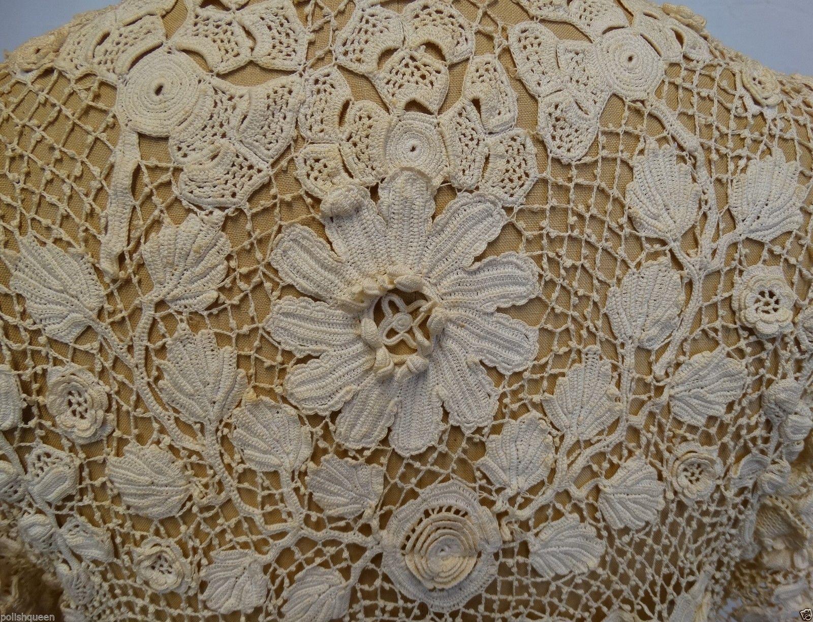 1900 IVORY IRISH CROCHET LACE JACKET. Detail