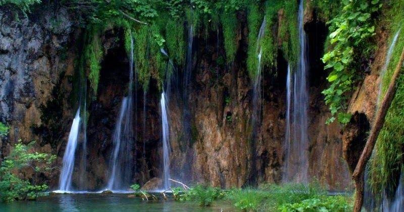Foto Pemandangan Air Terjun Terindah Di Dunia Foto Pemandangan Foto Pemandangan Air Terjun Terindah Di Duniahttp Pemandanganoce Tours Air Terjun Pemandangan
