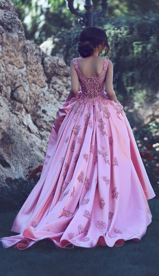 2017 Elegant Puffy Prom Dress Lace Appliques Straps Long Formal ...