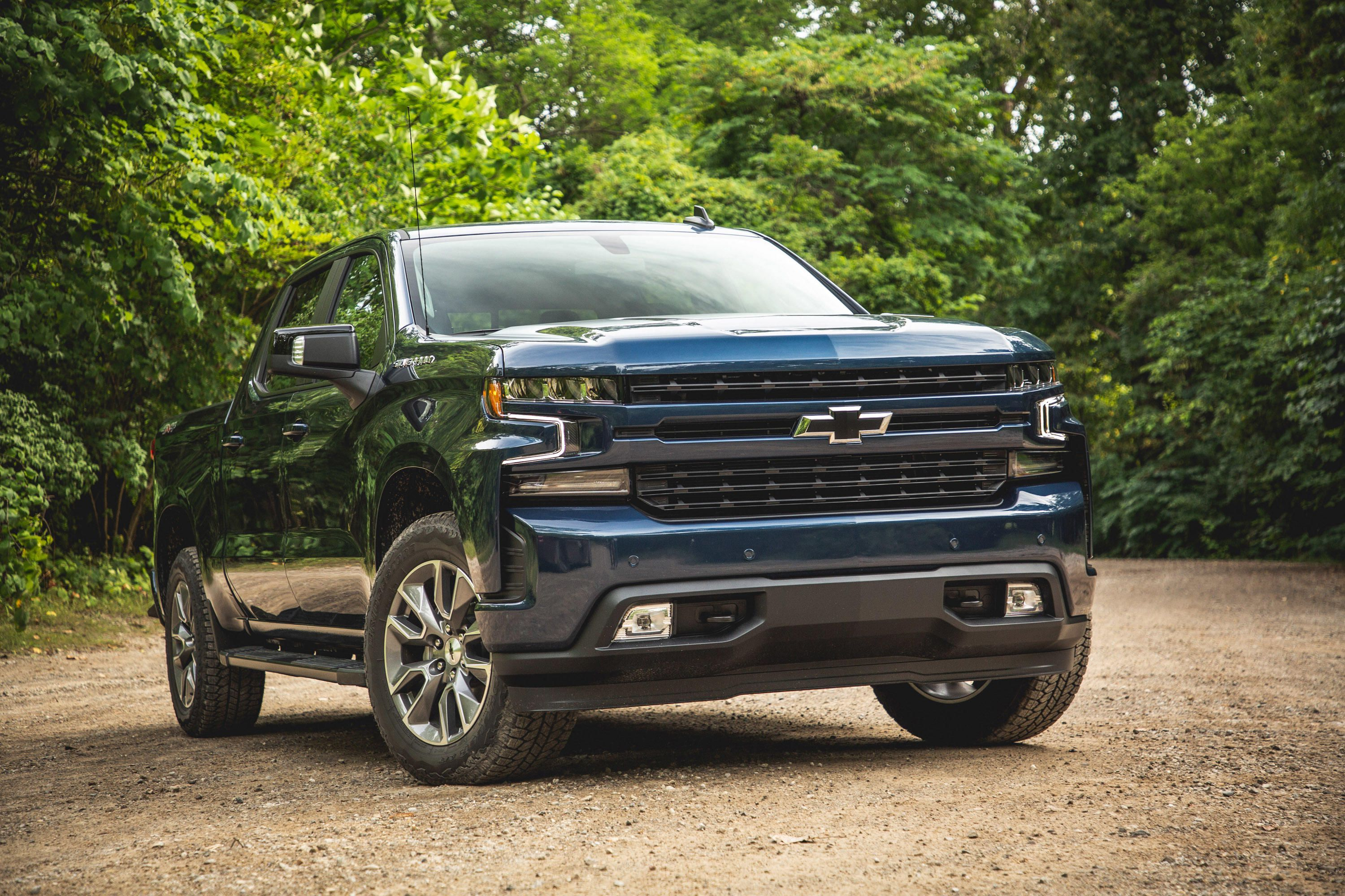 2019 Chevy Silverado Gets Worse Gas Mileage Than The Truck It Replaces Chevy Silverado Silverado Chevy