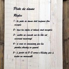 Tableau de mariage personnalisable en bois de palette style vintage