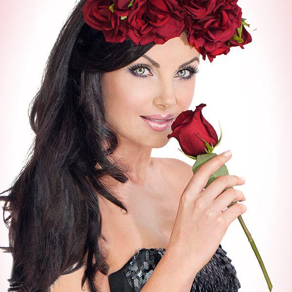 Watch Michelle's DD Velvet Skin Story!  http://youtu.be/InDf647Ha34?list=UUl99_8DT23WMHT-VemsG-Sw #beauty, #love, #skin, #powder, #antiageing #makeup, #mirenesse
