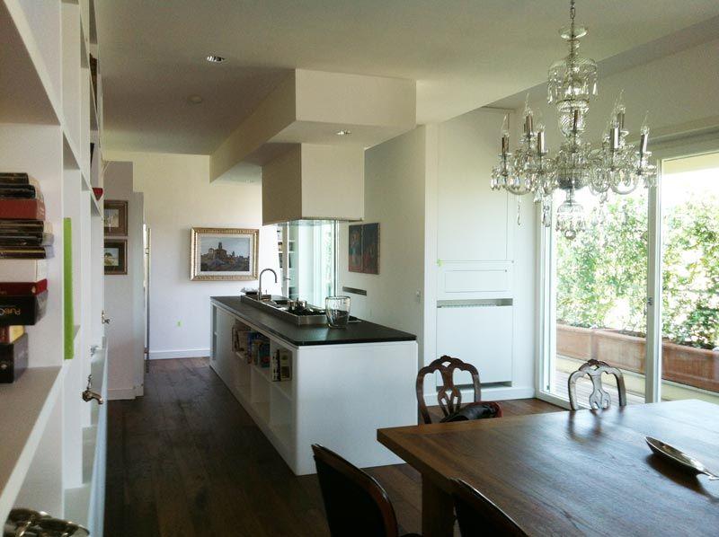 Abitazione privata, Casa V.le Tiziano, cucina in stile contemporaneo ...