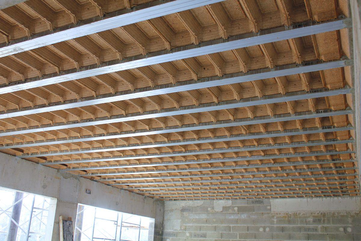 ourdi beton fabulous plafond placostil sur montants plancher bton poutrelles hourdis bton. Black Bedroom Furniture Sets. Home Design Ideas
