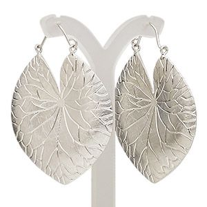 Earring, imitation rhodium-plated brass and steel, 45mm with scratched elephant ear leaf and hinged earwire. Sold per pair.