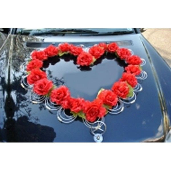 decoration voiture mariage coeur rouge