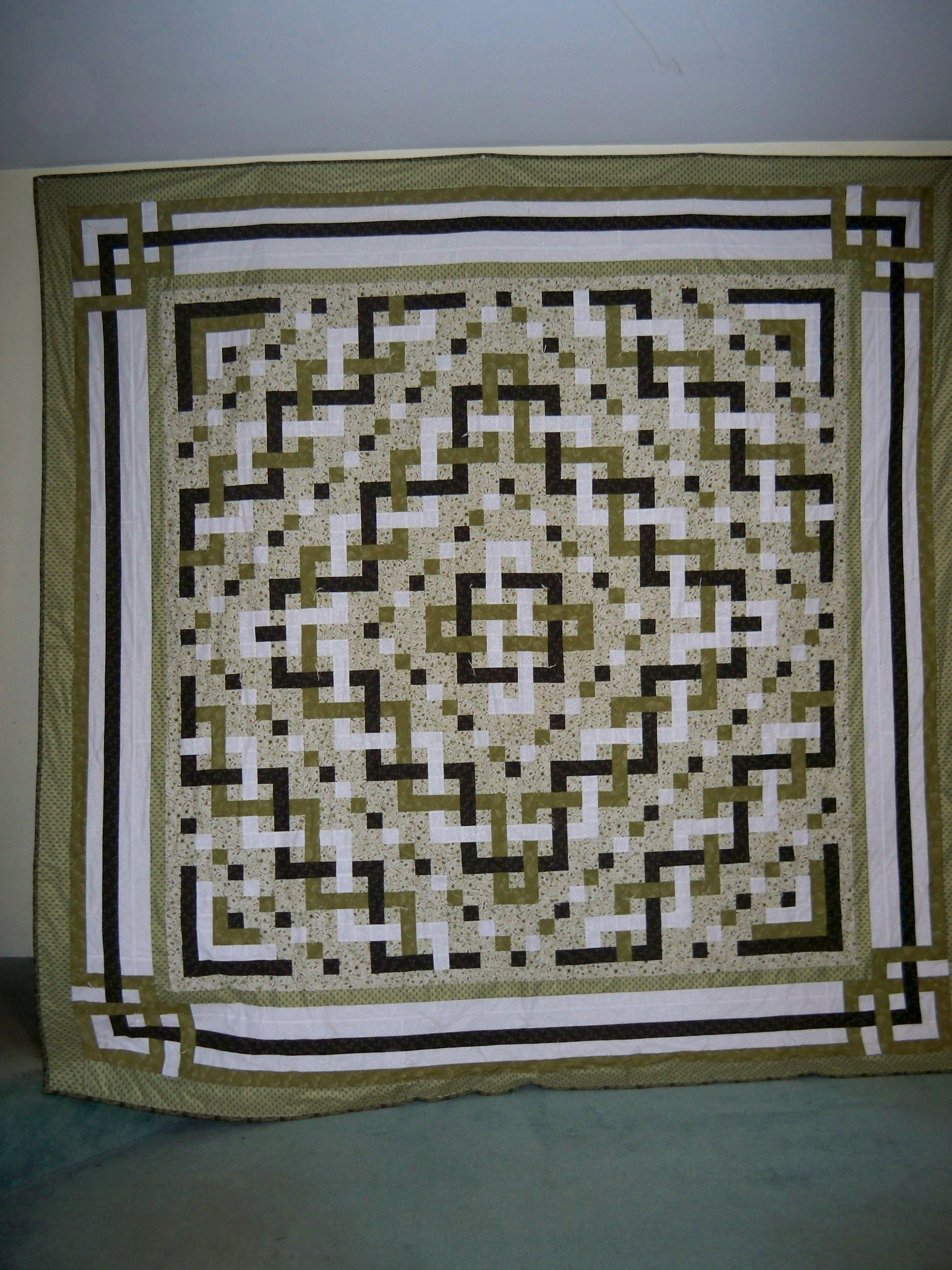 Trinity Celtic Knot quilt. Shades of green quilt. | Its ok to set ... : celtic knot quilt pattern - Adamdwight.com