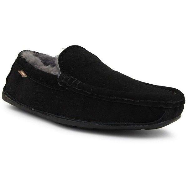 LAMO Boston Men's Moccasin Slippers ($75) ❤ liked on Polyvore featuring men's fashion, men's shoes, men's slippers, black, mens suede shoes, mens fleece lined slippers, mens slippers, mens suede slippers and mens black suede shoes