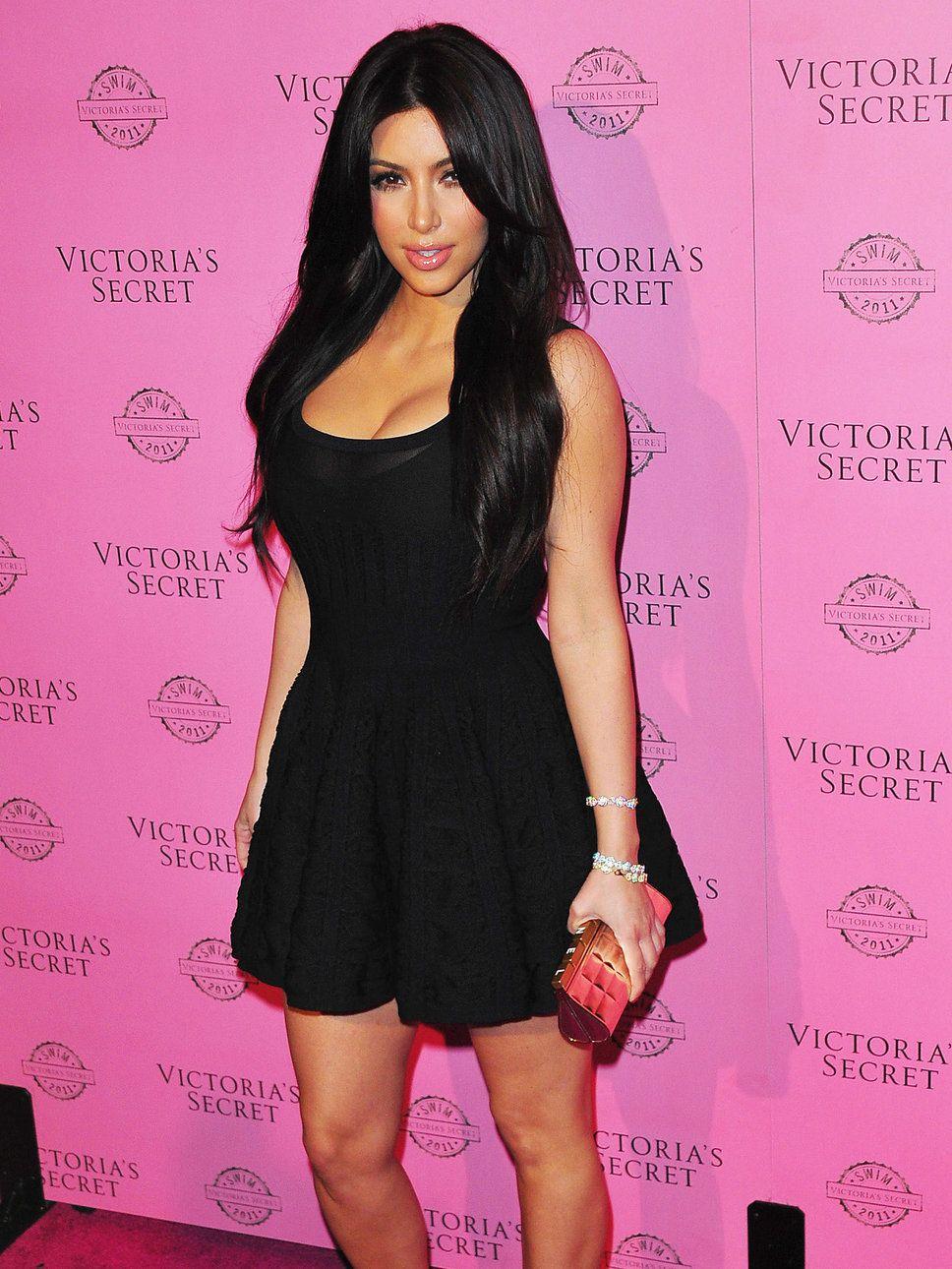 Pin By Logaina El Barhamtouchy On Style Kim Kardashian Black Dress Nice Dresses Celebrity Dresses [ 1290 x 968 Pixel ]