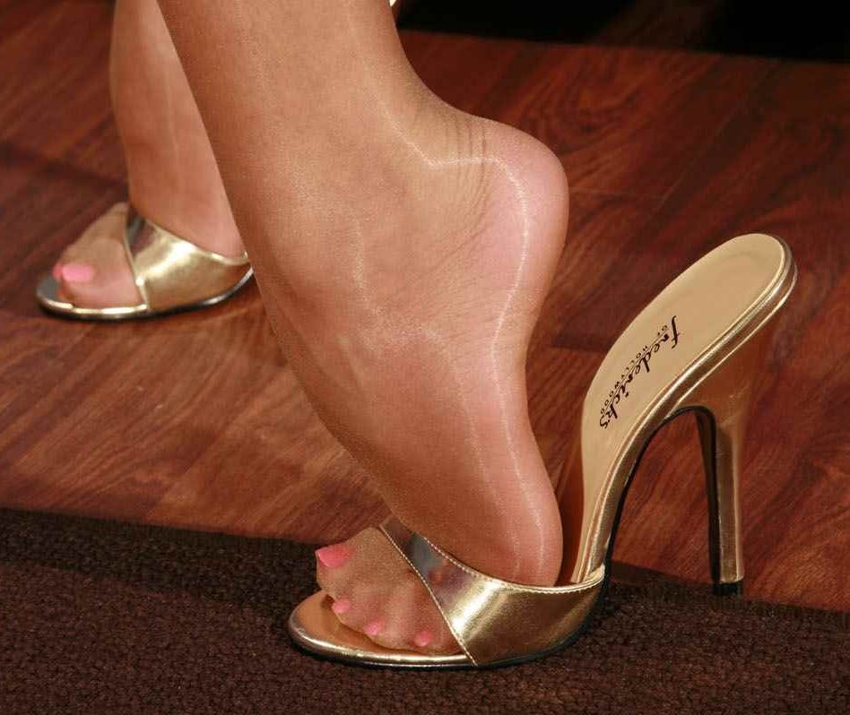 All High heel girl top having