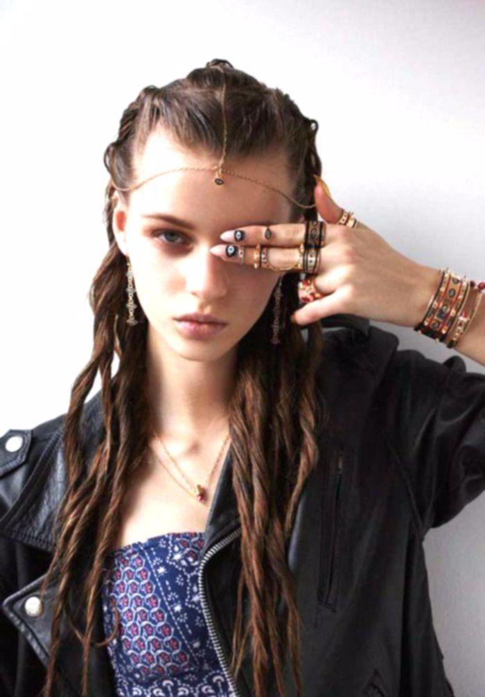 Quelle coiffure bohème tresse coiffure hippie chic idée originale