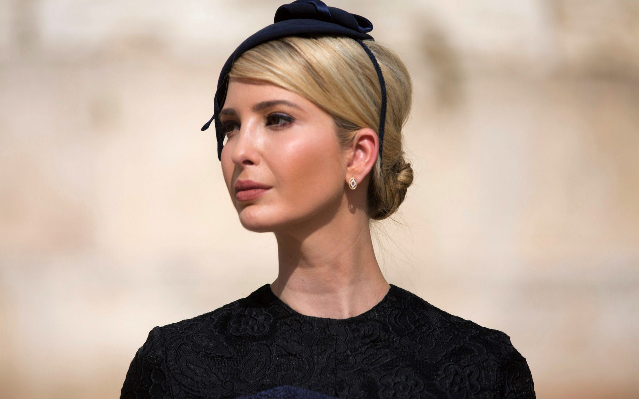 Lifestyle advice according to Ivanka Trump: champagne popsicles, massages and rainbow pizza #champagnepopsicles Lifestyle advice according to Ivanka Trump: champagne popsicles, massages and rainbow pizza      sending staff members emails at night can make them feel pressured into replying and increase feelings of presenteeism #champagnepopsicles Lifestyle advice according to Ivanka Trump: champagne popsicles, massages and rainbow pizza #champagnepopsicles Lifestyle advice according to Ivanka Tru #champagnepopsicles