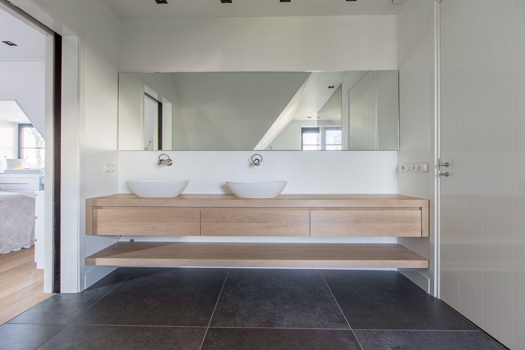 Belgisch hardsteen look keramiek #badkamer #bathroom #woonkamer