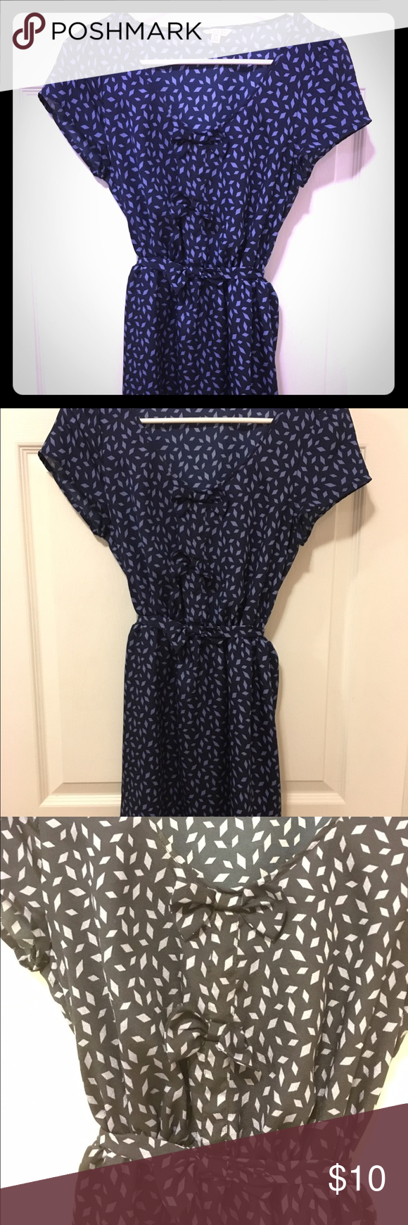 Dark blue day dress I Love H81 by Forever 21 short sleeved dress with three bows  down the front with a cinched waist. Hits a few inches above the knee. Beautiful scoop neckline looks great for a casual date! Dark blue with light blue diamond design. Barely worn. Forever 21 Dresses Mini