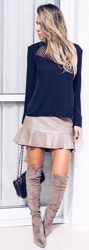 Navy + Taupe                                                                             Source