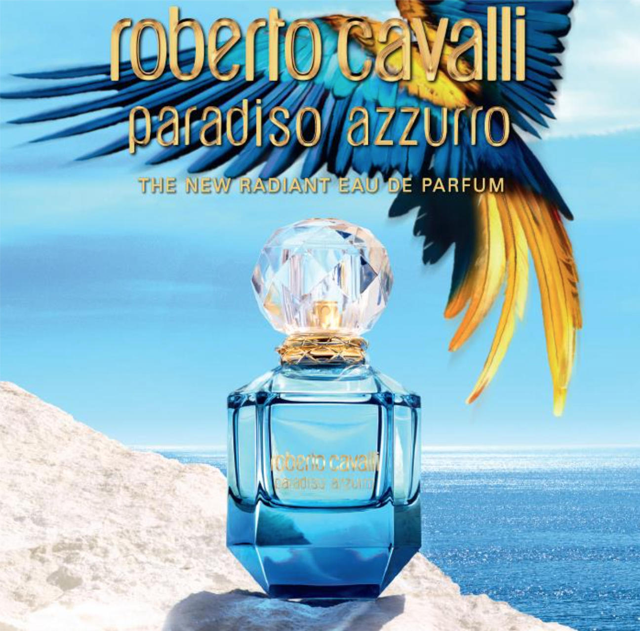 Paradiso Azzurro scent is the essence of Mediterranean nature: a luminous jasmine imprinted by a biting mandarin signature, underlined by warm luxurious cashmeran in the drydown.