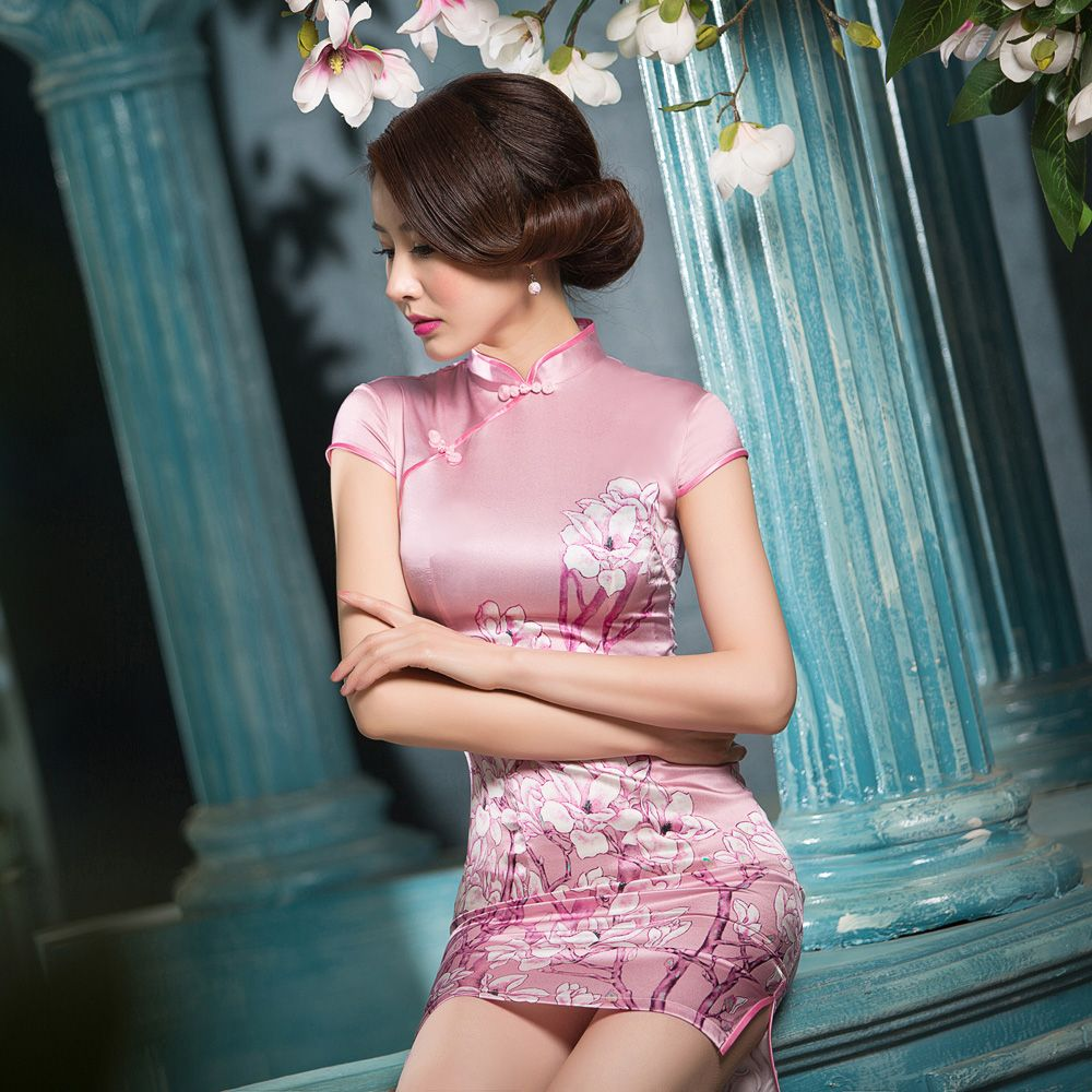 sexy qipao outfits - Google Search | その他 | Pinterest | Geisha ...