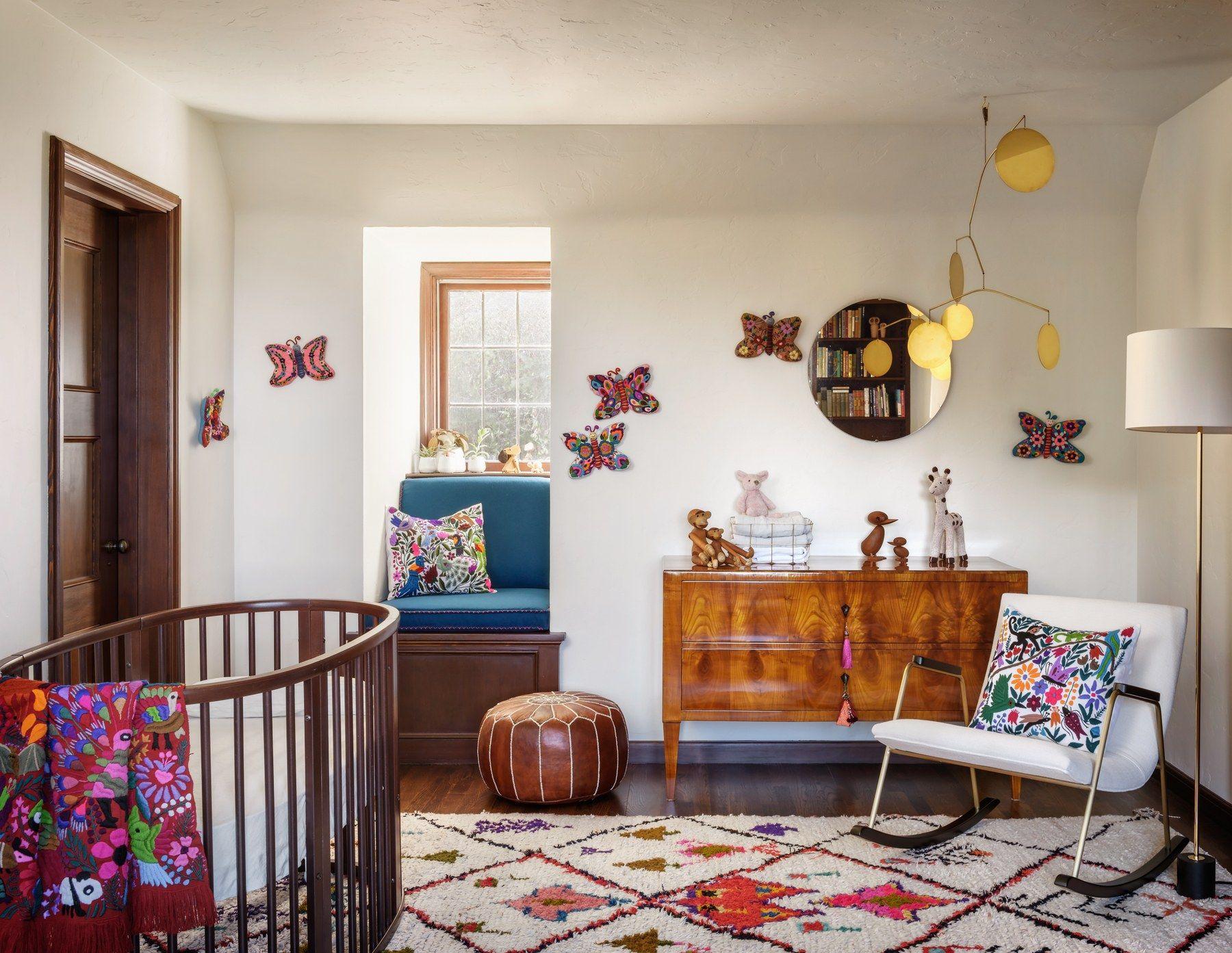 Go Inside A Historic Portland Tudor That S Surprisingly Modern Home Decor Bedroom Interior Design Interior