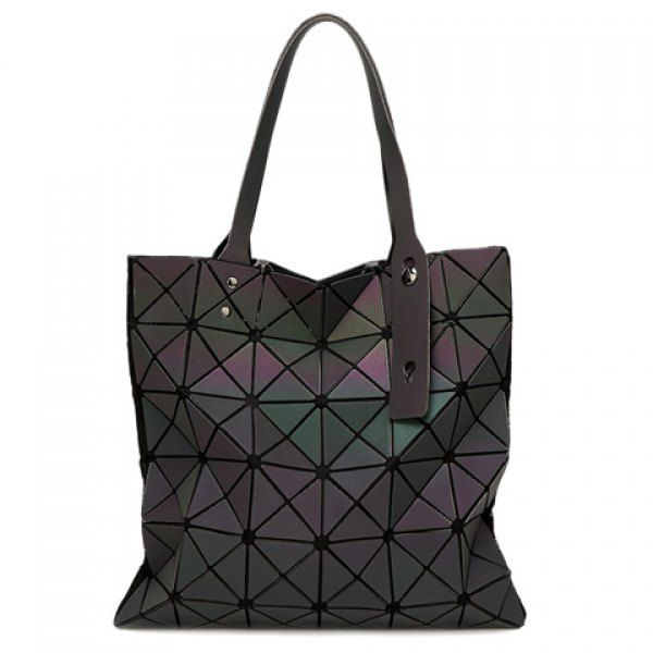 Casual Zip and Geometrical Design Women s Shoulder Bag  d2d9a62980c8e