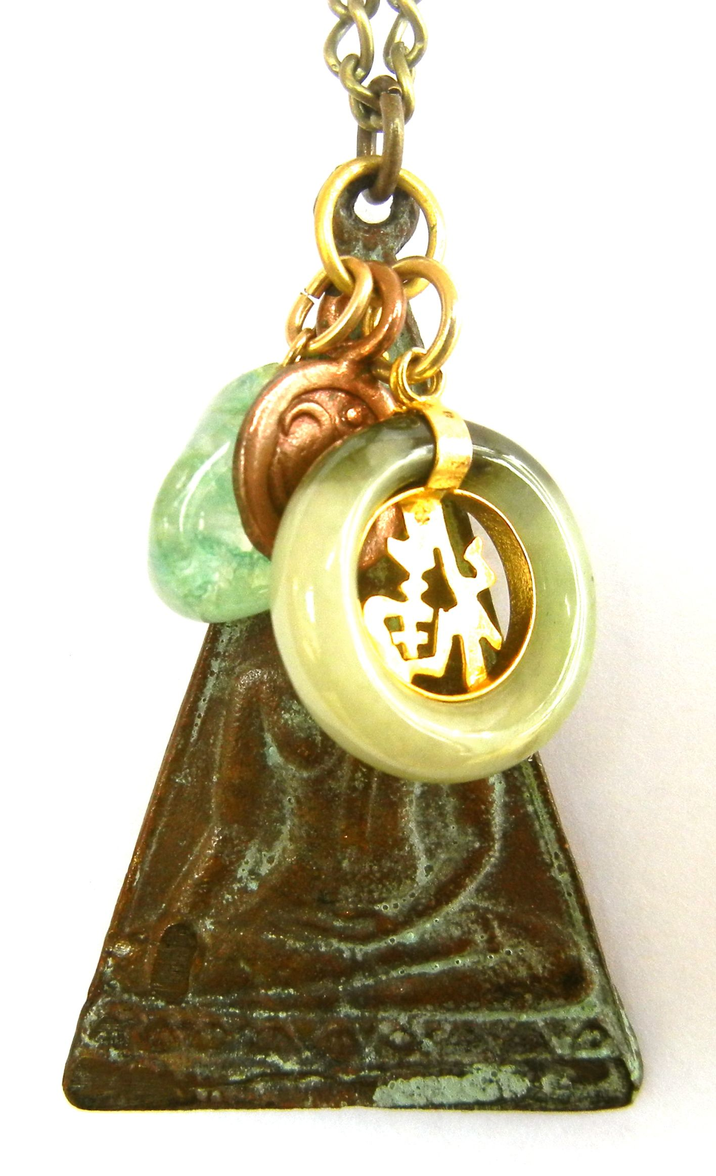 Buddha With Earth Touch Mudra Burmese Jade Good Luck Charm Karen