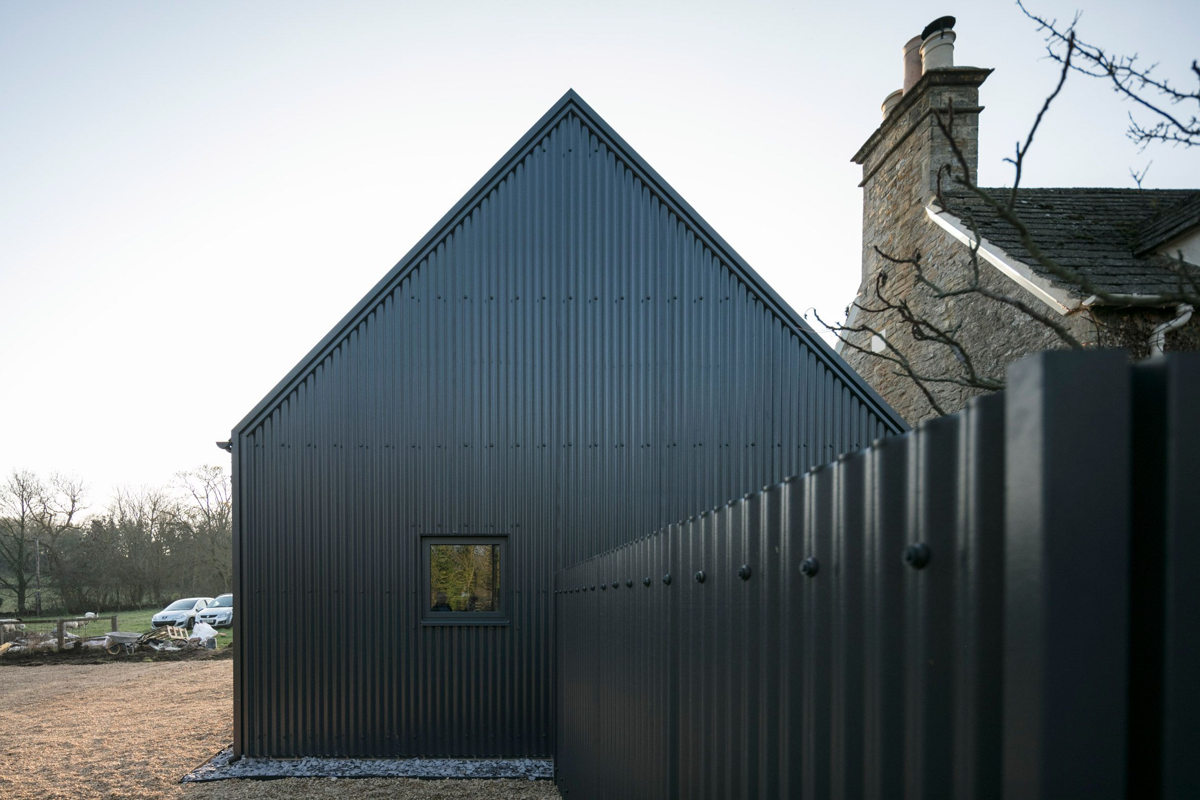 Eastabrook Architects Adds Corrugated Metal Extension To Cotswolds Cottage Cotswolds Cottage Architect Stone Cottages