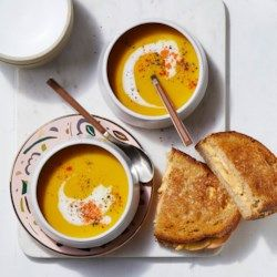 Butternut Squash Soup with Apple Grilled Cheese Sandwiches #butternutsquashsoup