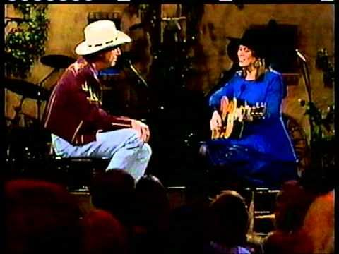 Suzy Bogguss Night Rider S Lament With Jerry Jeff Walker Funeral Music Country Music Videos Jerry Jeff Walker