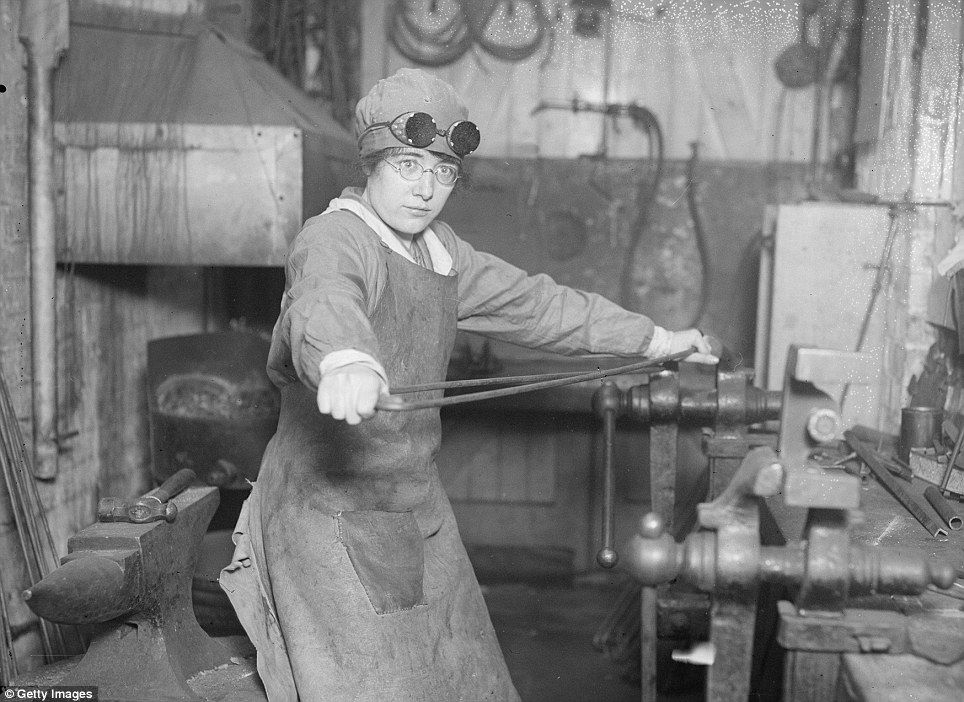 86 best images about War Angels: Women of WWI on Pinterest | World ...