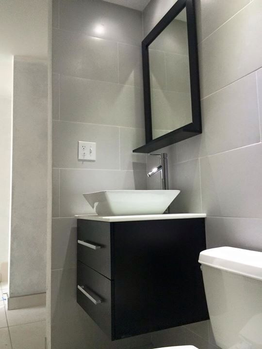 Ba os modernos peque os ba os modernos modern bathrooms for Espejos para banos pequenos