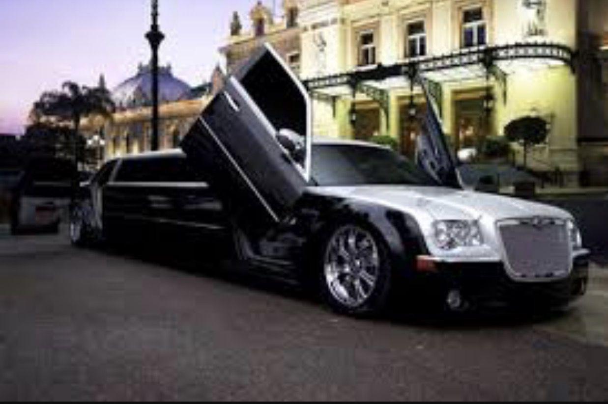 Arrival Limo, Limousine, Chrysler limousine