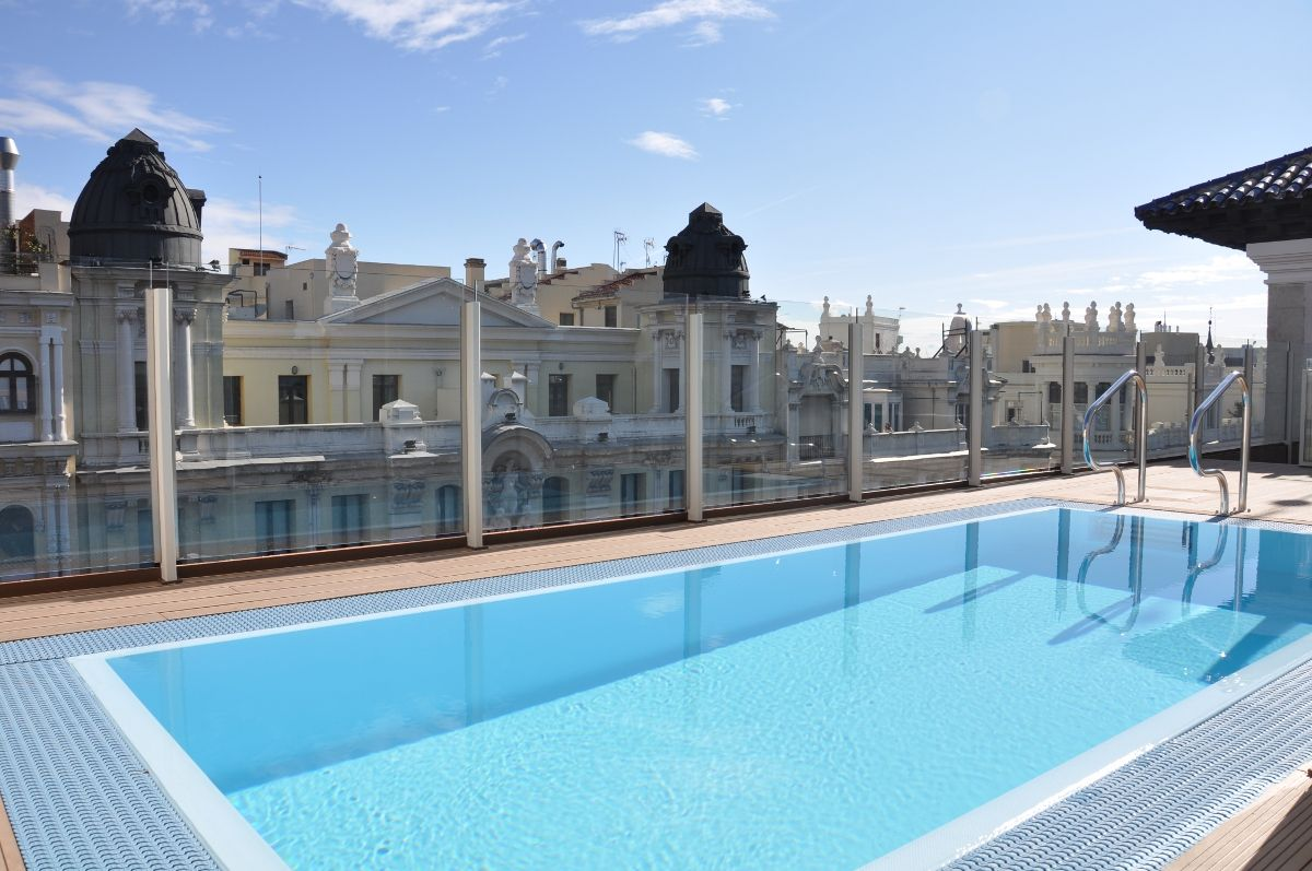 Hotel catalonia gran via pool hotel in madrid visiting - Luxury hotels in madrid with swimming pool ...