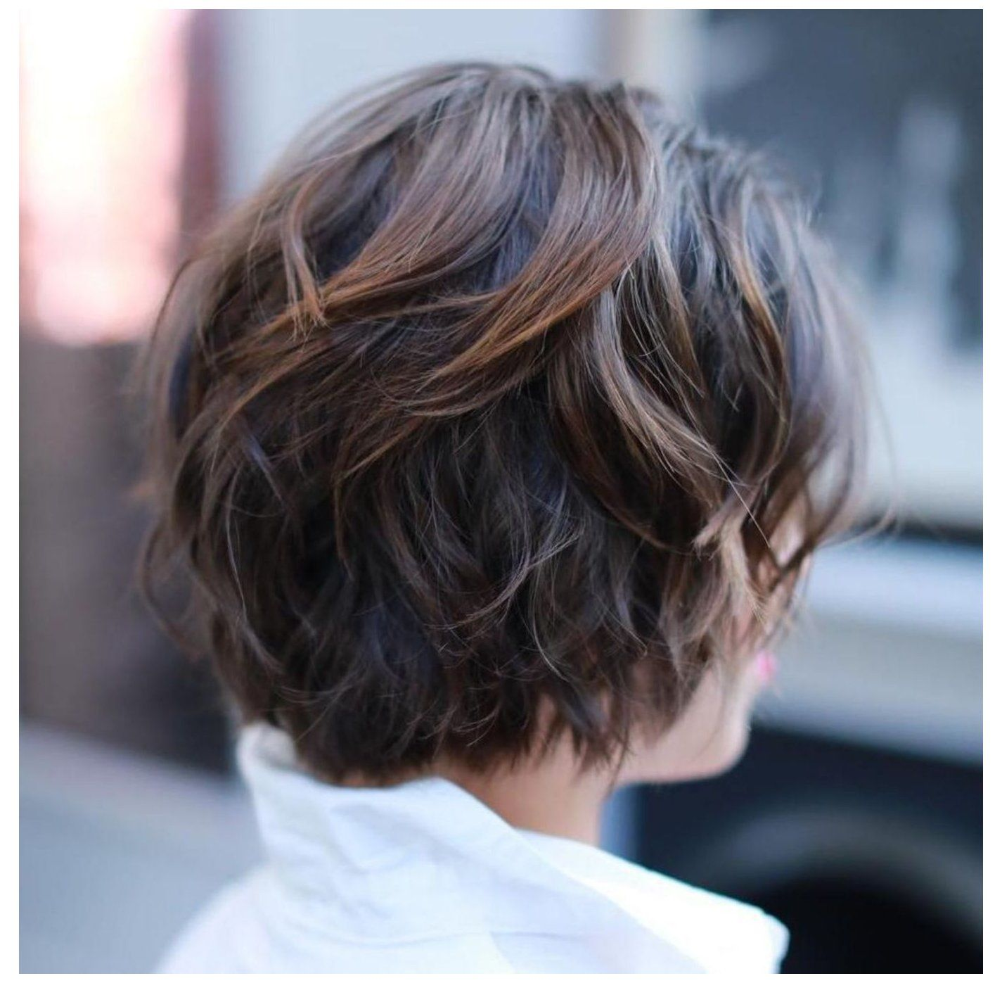 60 Classy Short Haircuts And Hairstyles For Thick Hair Short Haircuts For Women With Th In 2020 Short Hairstyles For Thick Hair Thick Hair Styles Thick Wavy Hair