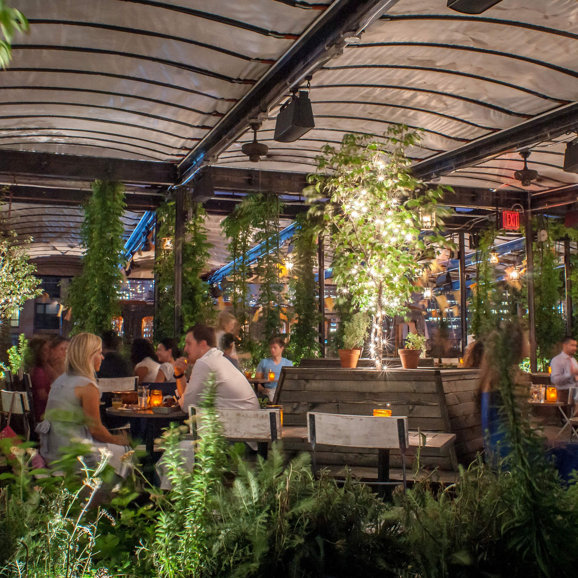 The Best Enclosed Rooftop Bars In Nyc Catilar Teras