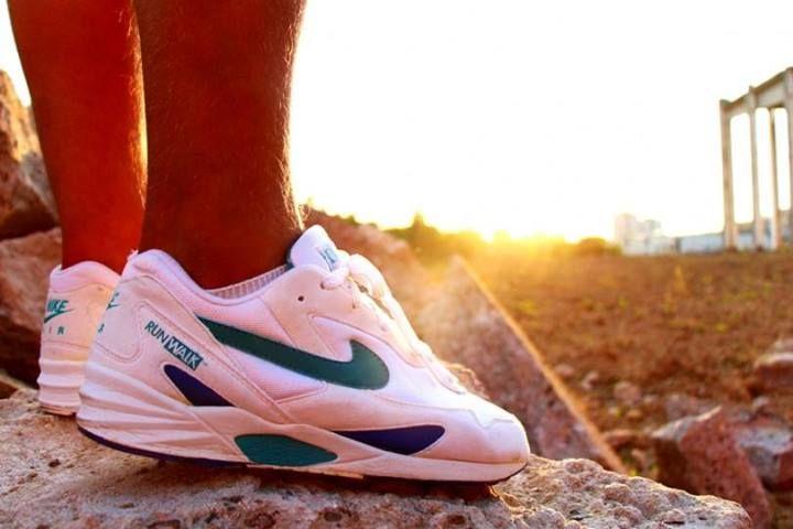 sports shoes fbc61 149aa Nike Air Delphina RW (1994) Schoenen Sneakers, Nike Schoenen, Hardlopen  Gympen,