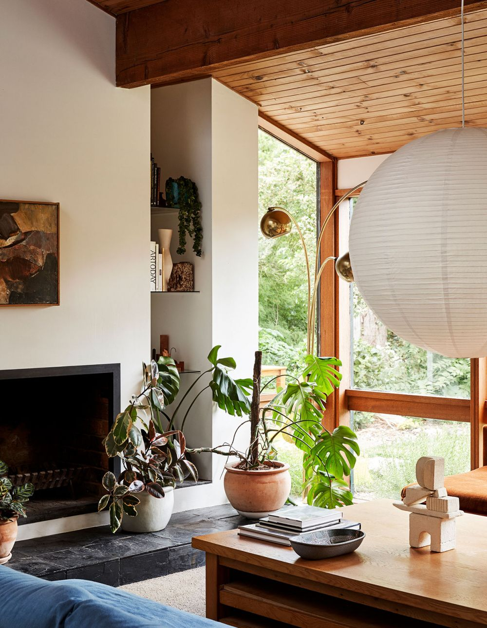 An Early '80s Home With Good Vibes
