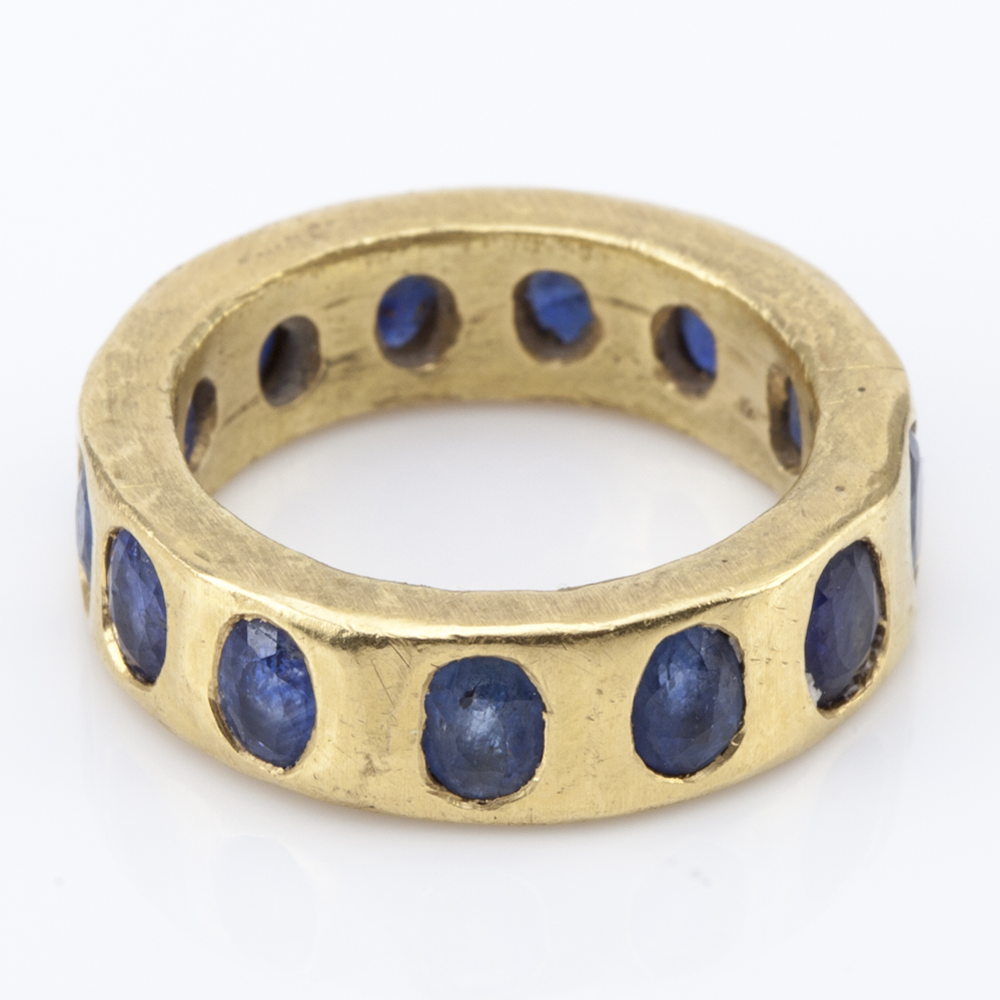 Giotto blue sapphire and 20k gold ring